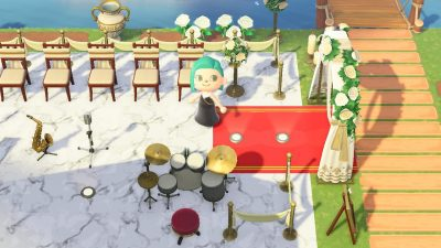 Animal Crossing: Red carpet for your fancy area needs (2 slots, MA-2679-8496-5386, design screenshots also in comments).